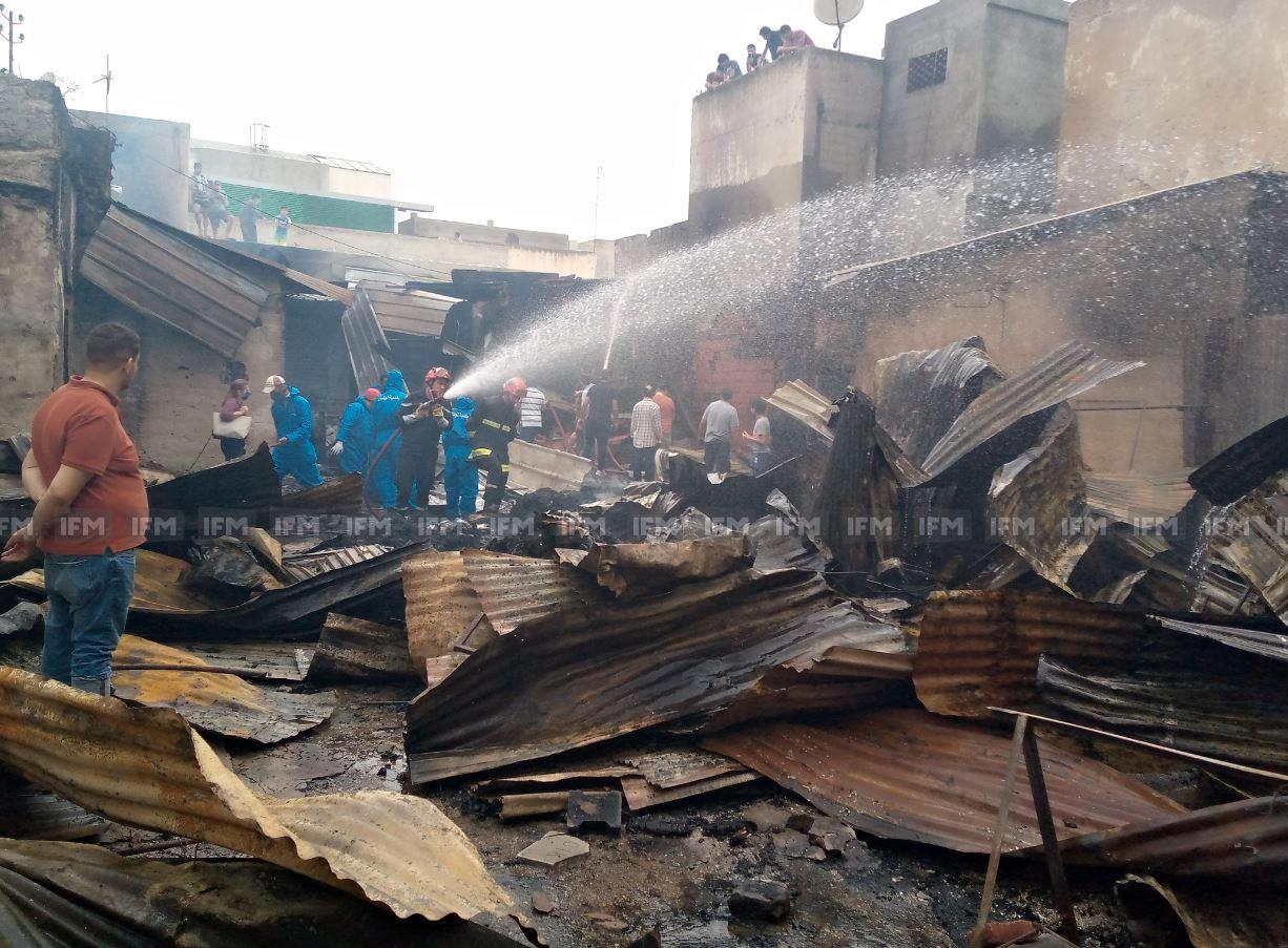 النيران تلتهم 30 محل فريب في الحفصية: فيديو يوثق الدمار الذي خلفه الحريق وتصريح مؤثر لأحد التجار