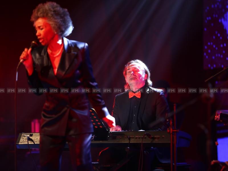 La deuxième édition du Samsung Blues Festival avec l'artiste Sydney Ellis