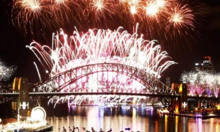 تحذير من أقراص برتقالية خلال احتفالات رأس العام بأستراليا