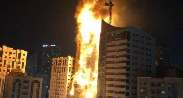 Emirats arabes unis : un incendie ravage une tour de 49 étages