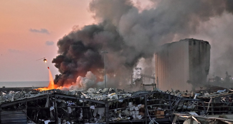 Beyrouth : 300.000 habitants sans domicile, la moitié de la ville endommagé
