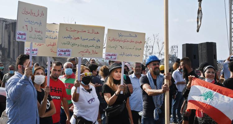 Une semaine après l'explosion : Beyrouth rend hommage aux victimes