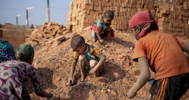 Journée mondiale contre l'esclavage des enfants