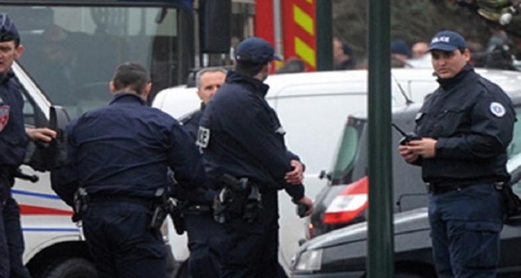 استنفار امني في فرنسا للبحث عن عسكري مدجج بالسلاح