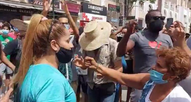 التحرك الاحتجاجي في باردو : ديقاج للمشيشي والمطالبة بحل البرلمان