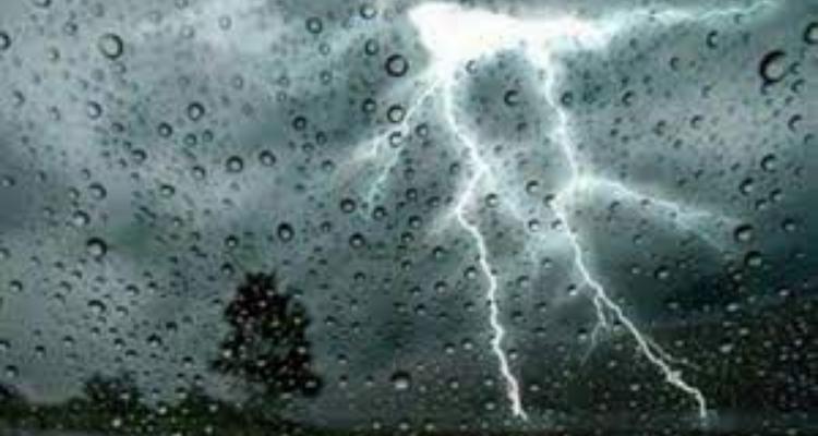 الليلة: أمطار رعدية بهذه المناطق