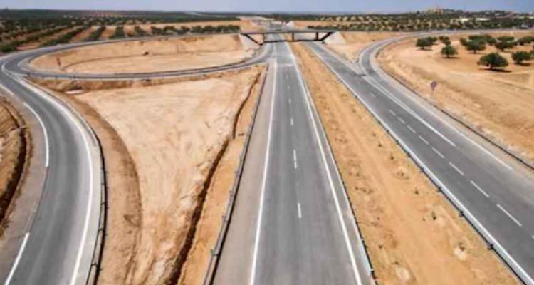 وزيرة التجهيز تكشف عن موعد جاهزية الطريق السيارة قابس-مدنين