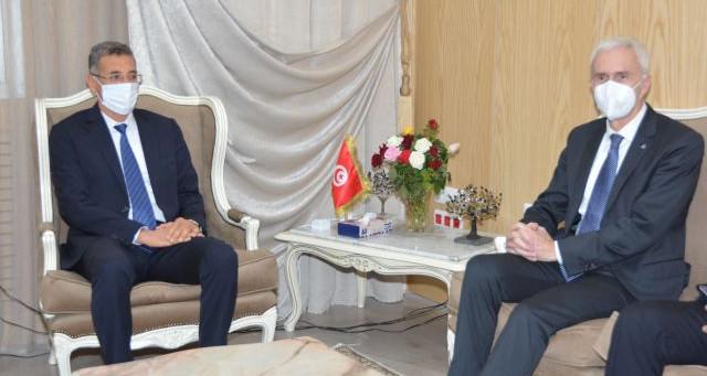 وزير الداخلية يستقبل الأمين العام للـ''أنتربول ''