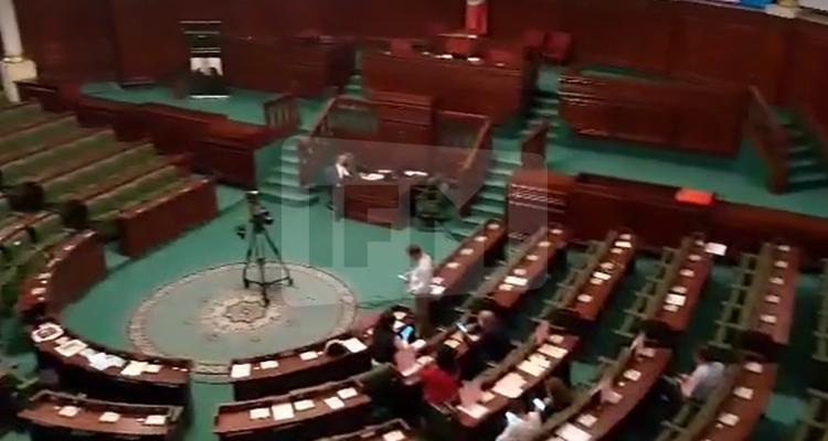 Les élus du bloc démocrate boycottent la séance plénière