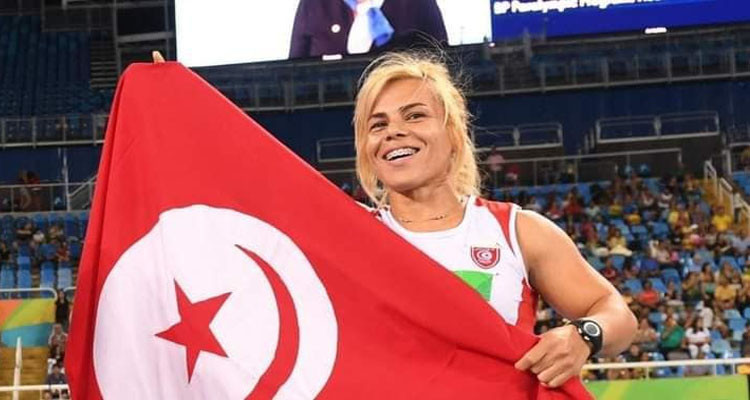 Rawâa Tlili obtient une médaille d'or et bat le record du monde