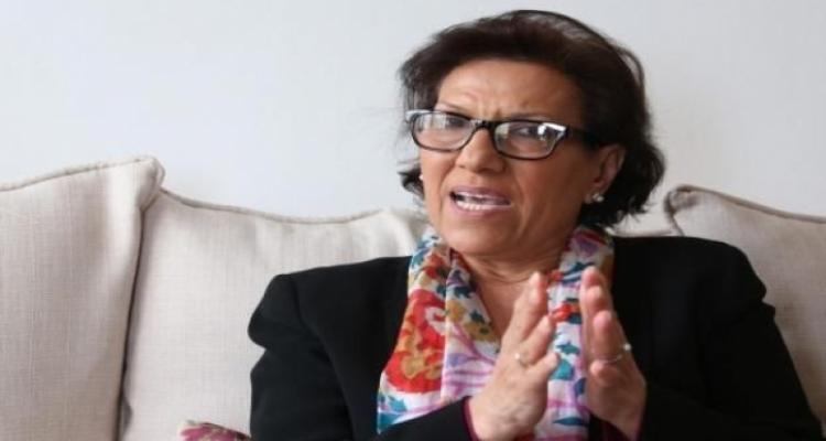 Radhia Nasraoui transportée à l'hôpital