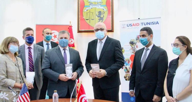 بتمويل أمريكي :  تونس تتسلم هبة من اليونيسف لدعم مخابر وزارة الصحة