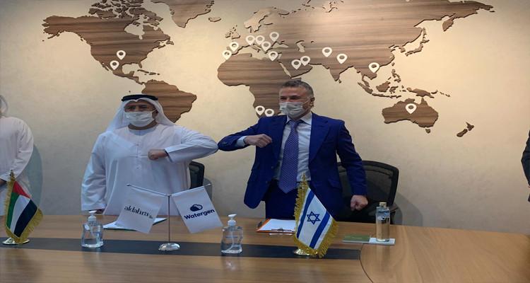 الإمارات تتعاقد مع شركة إسرائيلية تستخرج المياه من الهواء الطلق