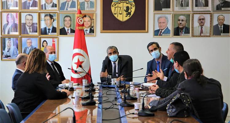 الافريقي محور لقاء وزير الرياضة وثلة من المحاميين المؤيدين للهيئة التسييرية