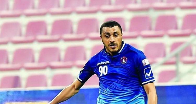 أحمد العكايشي يرفض التمديد مع الشحانية ويواصل التجربة في قطر
