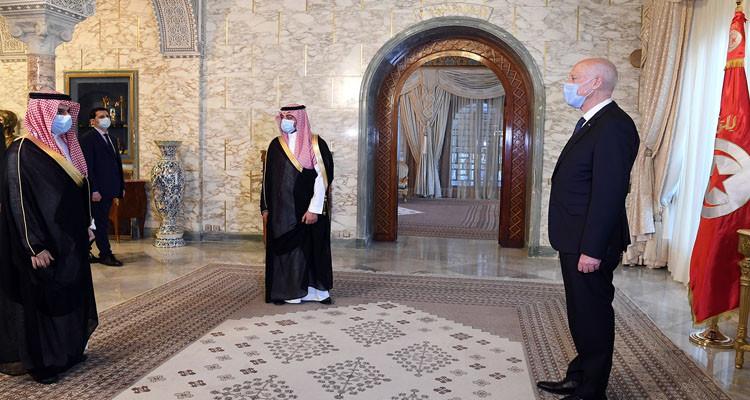 الوضع في ليبيا أبرز محاور لقاء الرئيس سعيد بوزير خارجية السعودية