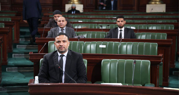 نقابة إطارات وأعوان البرلمان تطالب سيف الدين مخلوف باعتذار رسمي
