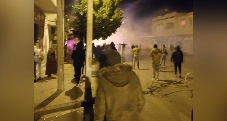 سليانة: تجدّد المواجهات بين عدد من الشباب والوحدات الأمنية وسط المدينة