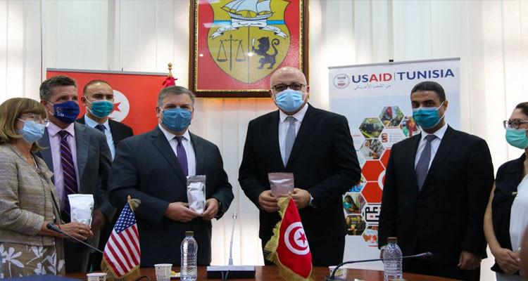 تونس تتلقى مساعدات طبية أمريكية بقيمة 4 مليون دولار