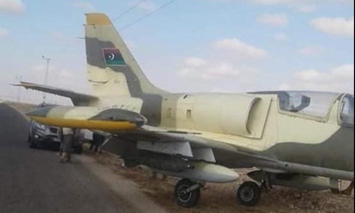 عاجل -مدنين: هبوط طائرة عسكرية ليبية بمنطقة بني غزيل