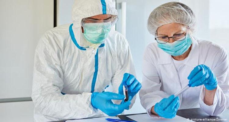 لمن أصيبوا بالكورونا سابقا : دراسة علمية تكشف فترة المناعة  وتحذّر