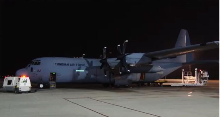 وصول طائرة عسكرية من الولايات المتحدة محملة بمليون لتر من الأوكسيجينالطبي