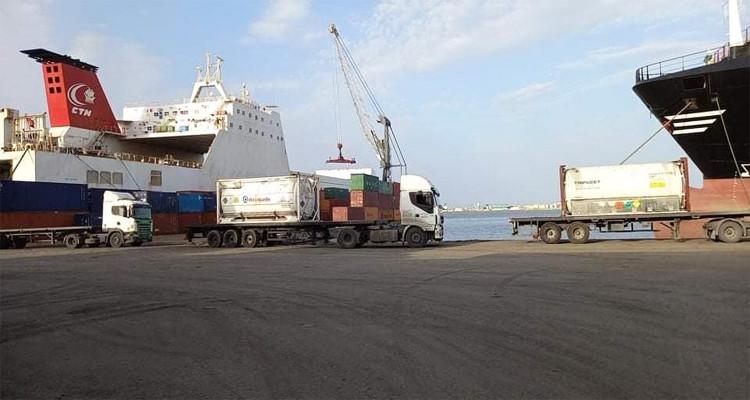 ميناء رادس يستقبل شحنة جديدة من الأوكسيجين ناهز وزنها 80 طنا