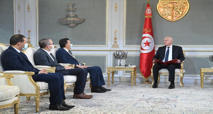 رئيس الدولة يؤكد فتح تحقيق للكشف عن ملابسات تسليم بوحفص إلى الجزائر