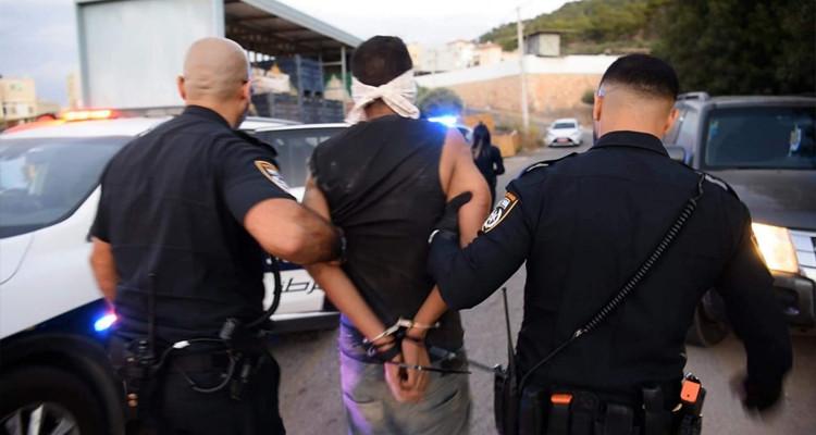 الاحتلال يحرم الأسرى المقبوض عليهم من شرب المياه منذ أيام