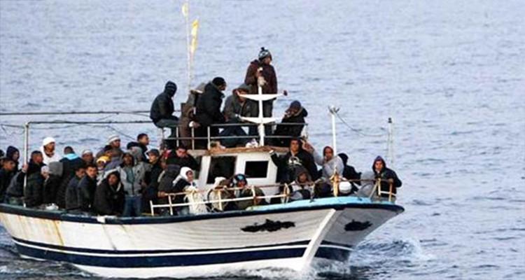 لامبادوزا تستقبل 402 مهاجرا غير شرعي في يوم واحد