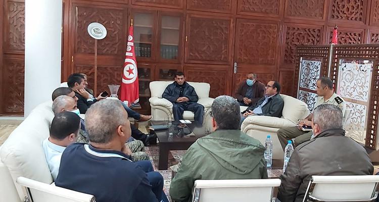 والي بنزرت يشرف على اجتماع مجابهة الكوارث وتنظيم النجدة