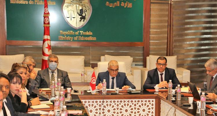 وزير التربية: عزلنا مسؤولين بمندوبية سيدي بوزيد بسبب قضايا فساد