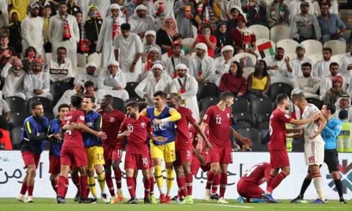الإمارات تتقدم باحتراز ضد قطر