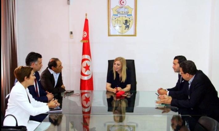 Samsung soutient le e-Health en Tunisie Samsung soutient le e-Health en Tunisie : Lancement de la solution « SOS Brûlures en Tunisie »