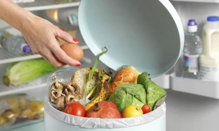 المعهد الوطني للاستهلاك: الأسر التونسية تهدر أغذية بقيمة 576 مليون دينار سنويا
