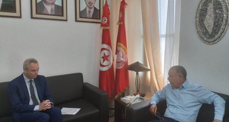 الطبوبي يلتقي بطوني فارهايجان ممثل البنك الدولي بتونس