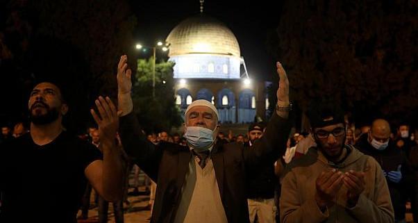 بعد شهرين من الإغلاق بسبب فيروس كورونا...إعادة فتح ابواب المسجد الأقصى