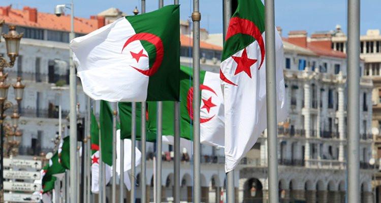 احتجزت في فرنسا منذ 140 عامًا : الجزائر تسترجع جماجم 24 من شهدائها