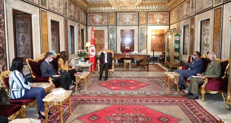 الغنوشي يتحادث مع رئيس جمعية القضاة التونسيين ورئيسة نقابة القضاة التونسيين
