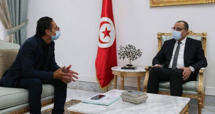 جاد الهنشيري يتحادث مع رئيس الحكومة حول مشاغل الأطباء الشبان