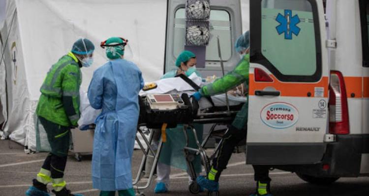 الولايات المتحدة ; 2439 وفاة و214099 إصابة جديدة بكورونا