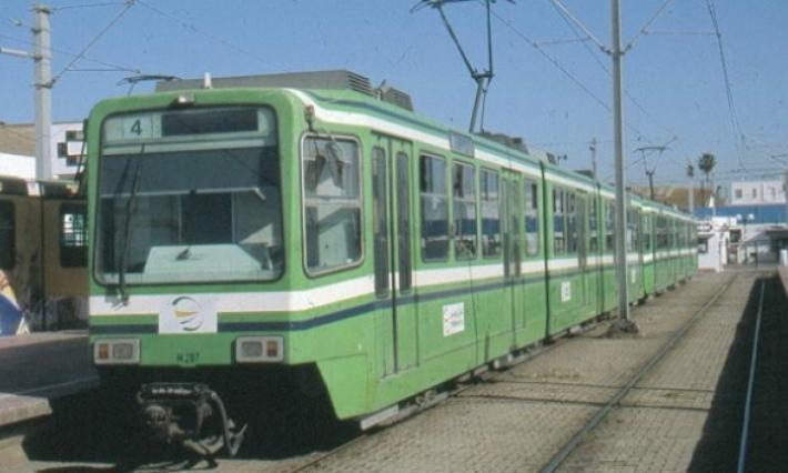 Collision entre un camion et un métro à Denden