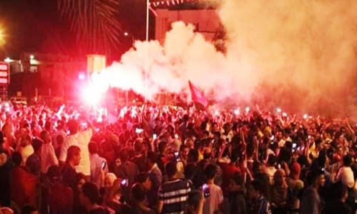 رئاسية 2019-مدنين: مئات المواطنين بالشوارع لساعات احتفالا بفوز قيس سعيد في الانتخابات الرئاسية