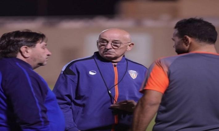 الفريق الجديد لأمين الشرميطي يقيل مدربه الصربي