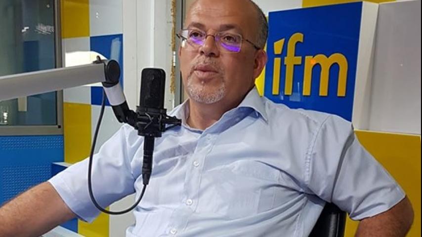 """سمير ديلو : """"إلي في بالو باش يحط يدو على برنامج ميعجبوش موش فاهم شي من الديمقراطية"""""""