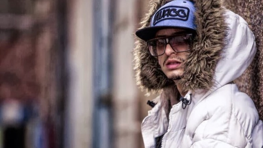 Rap ala 3achra : Blingos يعطي 9/10 ل Emino